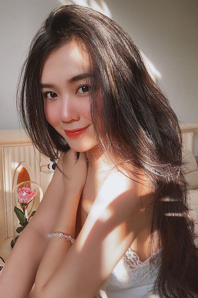 Hot Girl Vân Anh khiến báo trung phải trầm trồ gọi là mỹ nữ