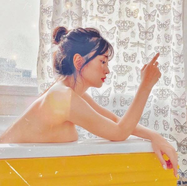 Hot girl bồn tắm khoe vòng một đẫy đà hot mạng xã hội